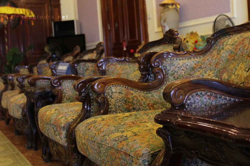 Chairs-in-guest-room-Bao-Dai-Villa