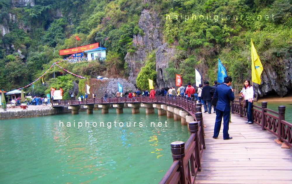 how to get to halong bay from hai phong