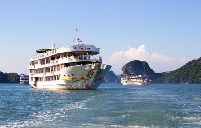 luxury-starlight-cruise-to-bai-tu-long-bay hai phong tours