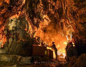 perfume-pagoda-huong-tich-cave-hai-phong-tours