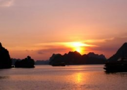How to see sunset in Halong bay day trip