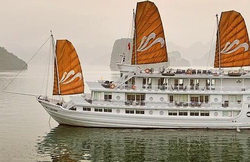 Paradise cruise tour pick up from Hai Phong