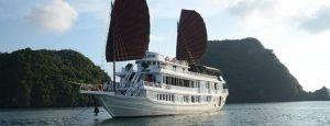 Vspirit cruise tour pick up from Hai Phong