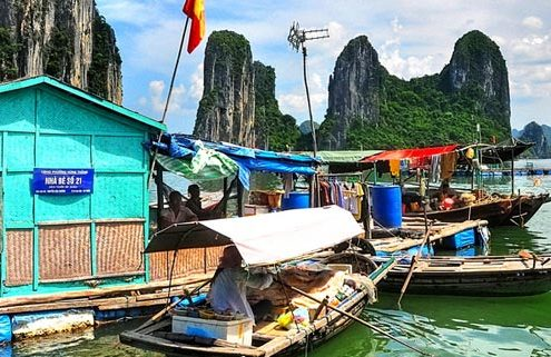 The popular tour package in the North of Vietnam