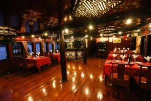 Restaurant Vspirit cruise Hai Phong