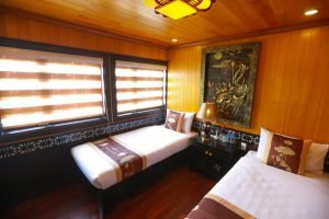 Twin room Vspirit cruise Hai Phong
