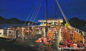 onboard restaurant perla dawn