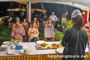 Cooking class Halong Grayline Cruise