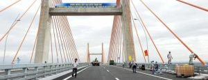 New highway from Hai Phong to Halong