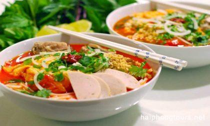 Bun Rieu Hanoi street food tour