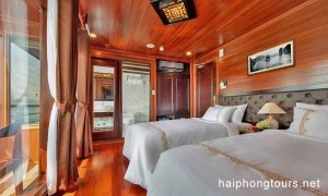 Deluxe suite twin room Hai Phong Vspirit Premier Cruise