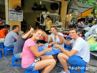 Pho Hanoi street food tour