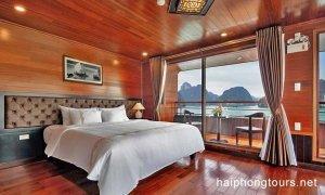 Premium suite balcony Hai Phong Vspirit Premier Cruise