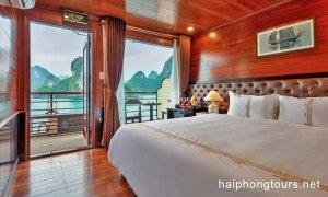 Prestige suite balcony Hai Phong Vspirit Premier Cruise