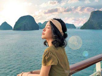 Enjoy stunning view on Halong bay