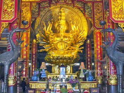 Guan Yin buddha bai dinh pagoda