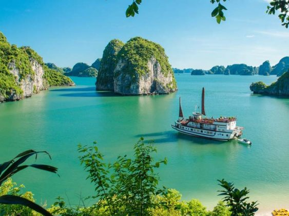 Halong bay 3 day 2 night cruise tour