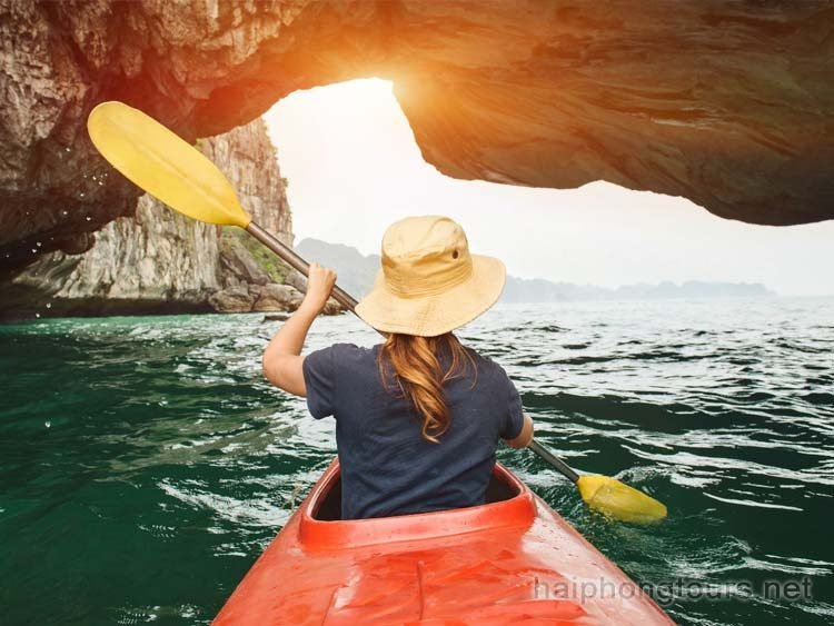 Kayaking on Halong
