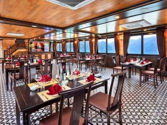 Restaurant on deluxe boat for Lan Ha Bay 1 day cruise