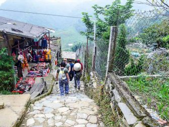Sapa 2 day 1 night easy trekking tour