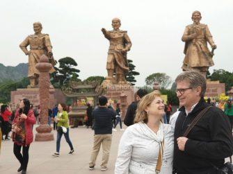 a visit to bach dang giang
