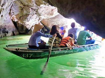 boat trip on river trang an