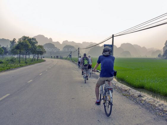 cycling to bich dong from tam coc
