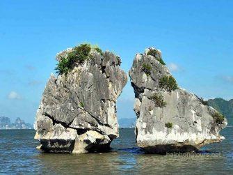 trong mai rock halong bay