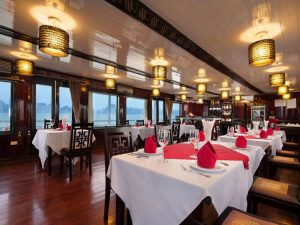 restaurant Halong Aclass Legend cruise