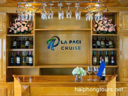 Bar in La Paci cruise