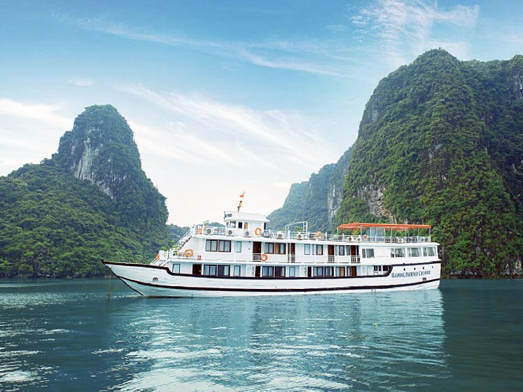 Halong Phoenix cruise Hai Phong departure
