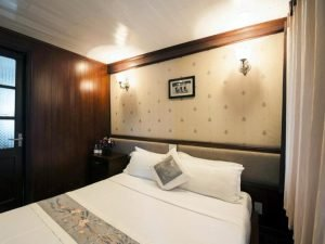 double room Halong Phoenix cruise